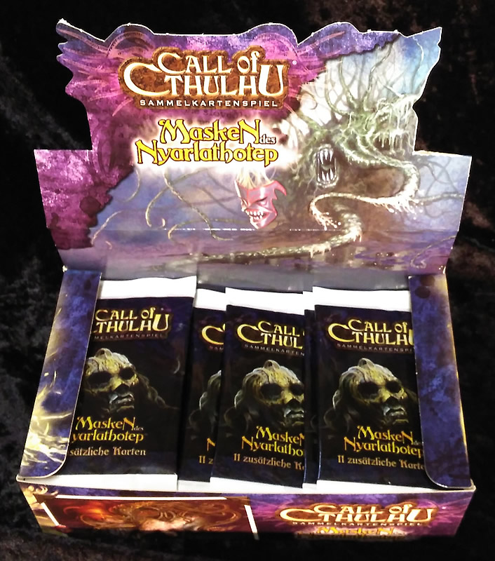 Call of Cthulhu - Sammelkartenspiel (deutsch) - Masken des Nyarlathotep (36 Booster Box)