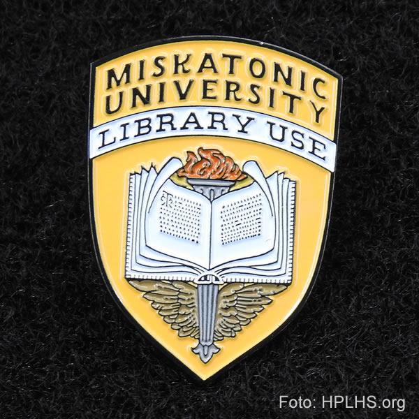 Miskatonic Universitäts Anstecknadel - Library Use