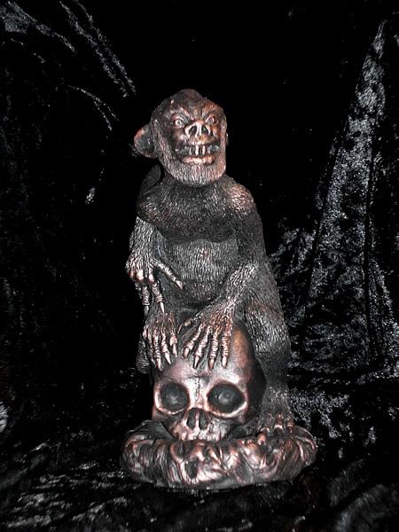 Statuette Brown Jenkin aus dem Cthulhu Mythos - Ansicht 1