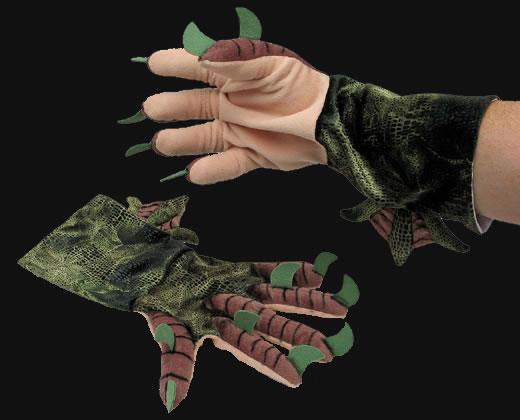 Cthulhu Plüsch Handschuhe - Spüre die monströse Macht Cthulhus in deinen Händen.