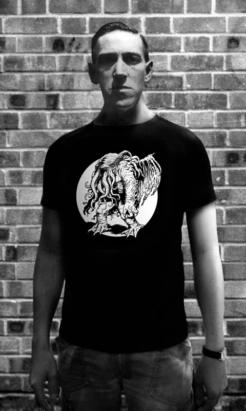 Cthulhu rising by moon - T-Shirt (M) für Männer